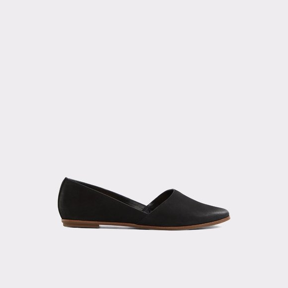Aldo Black Leather Flat Size 8.5